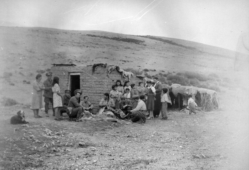 Expedicion Tehuelche 1949 Bormida-Imbelloni Santa Cruz. albumAntropología armada