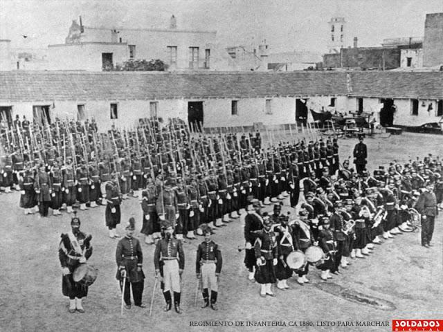 Regimiento de Infantería 1880 listo para marchar