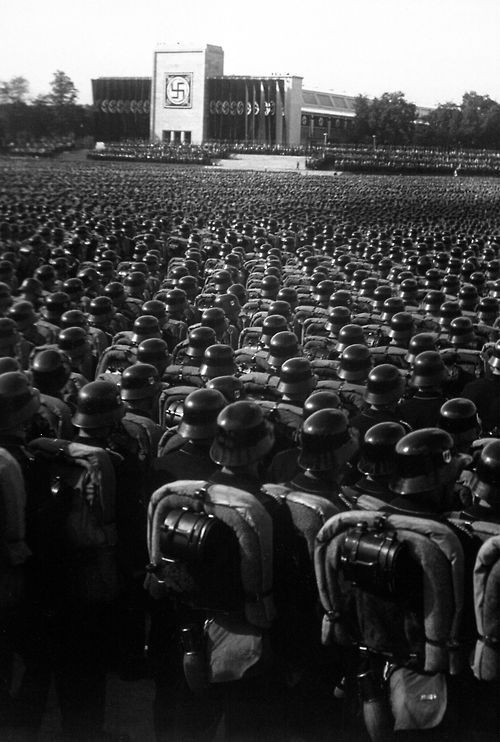 Reichsparteitag.  Ubersicht Uber den grossen Appell der SA, SS und des NSKK.  Overview of the mass roll call of SA, SS, and NSKK troops.  Nuremberg, November 9, 1935.  (National Archives Gift Collection) NARA FILE #:  200-GR-12 WAR & CONFLICT BOOK #:  983