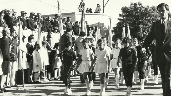 """25 de mayo de 1979 - Centenario del ingreso de las tropas a la Patagonia - Foto: Archivo Diario """"Río Negro."""